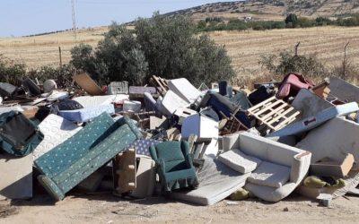 El alcalde de Zafra hace un llamamiento ciudadano a respetar la normativa en la recogida de enseres