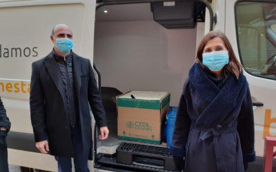 Usuarios y trabajadores de la residencia González Barrero reciben 75 viales de la vacuna contra el covid 19