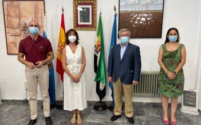 La médica Mª Teresa Calderón releva a Tomás Cabacas al frente del  Museo de la Historia de la Medicina y la Salud